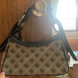 Women's Dooney & Bourke Bag